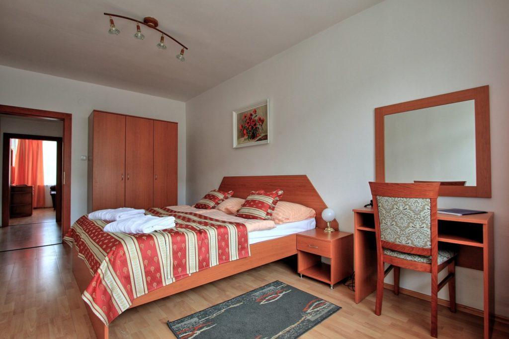 hotel-ozon-apartman-standard