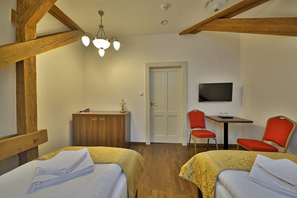 hotel-alzbeta-bardejovske-kupele-izba